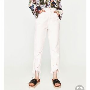 [Zara] High Rise Cropped Mom White Denim Jeans